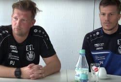 Lok-Trainer Björn Joppe und Abwehrspieler Patrick Wolf vor dem Pokalspiel gegen den Hainsberger SV. Foto: Screen Heimspiel TV