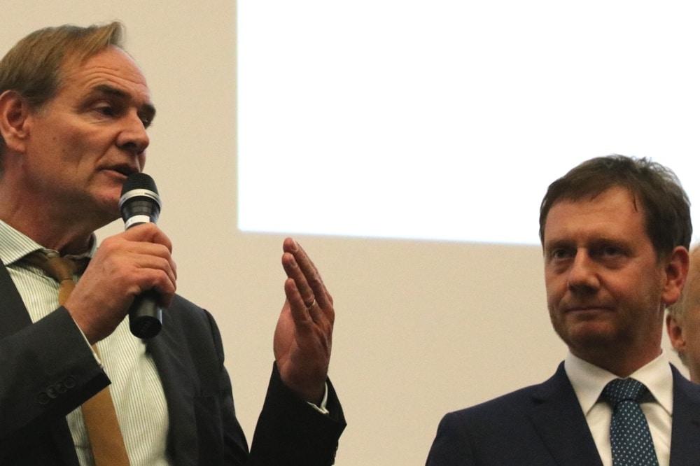 Burkhard Jung und Michael Kretschmer; zwei Tage zusammen - erst beim Lichtfest, dann im Ausschuss und am Ende im Sachsengespräch an der Uni Leipzig. Foto: L-IZ.de