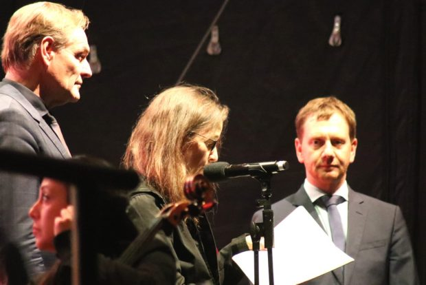 Gesine Oltmanns bei Ihrer Rede. Foto: L-IZ.de