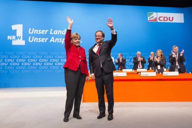 Angela Merkel und Armin Laschet auf dem Parteitag der CDU am 1.04.2017 in NRW. Foto NRW-CDU, Sondermann
