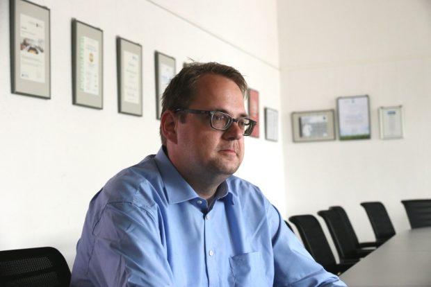 Seit 2017 für die Linke im Bundestag. Sören Pellmann im Gespräch mit der LZ über Grünau und die Sachsenwahl. Foto: Michael Freitag