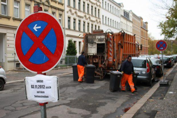 Sammelfahrzeug im Einsatz. Foto: Ralf Julke