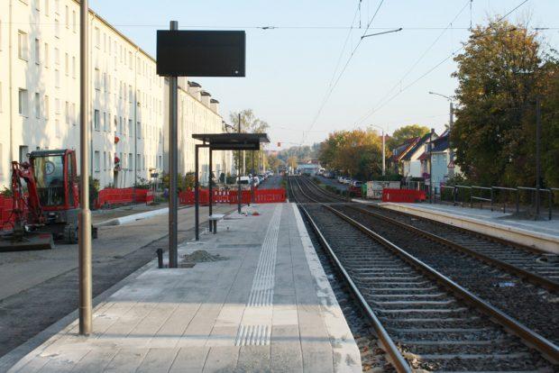 Neue Haltestelle Baaderstraße. Foto: Ralf Julke
