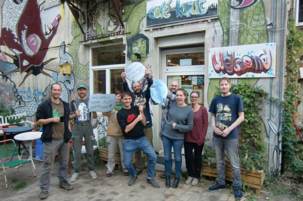 "Die Mannschaft des ""Café kaputt"". Foto: Sebastian Kastenholz, Café kaputt"