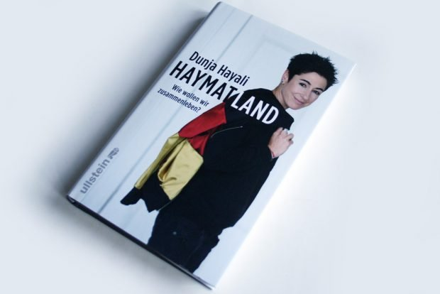 Dunja Hayali: Haymatland. Foto: Ralf Julke