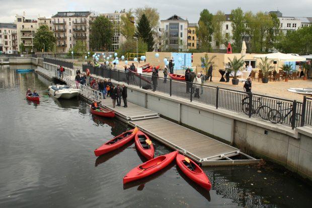 Die Mole am künftigen Stadthafengelände. Foto: Ralf Julke