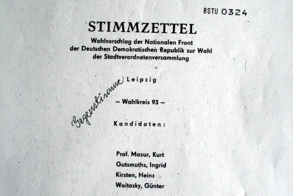 Der Wahlzettel aus dem BStU-Archiv. Quelle: BStU / Roland Mey
