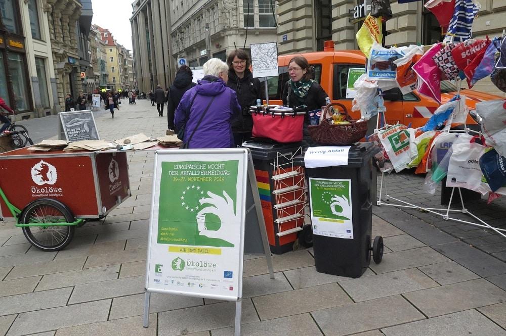 Woche der Abfallvermeidung -Tütentausch -2016, Foto: Ökolöwe