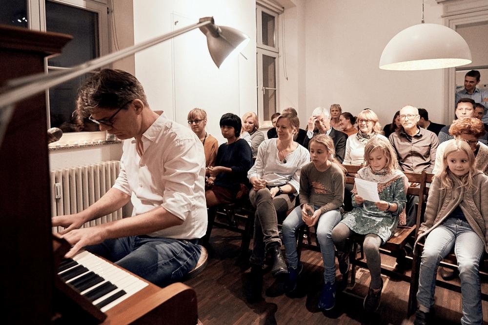 Alle Generationen bei der 3. Notenspur-Nacht der Hausmusik; Foto: Daniel Reiche
