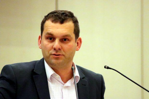 Christopher Zenker (SPD) sprach sich ebenfalls für den Erhalt der Boxen aus. Foto: L-IZ-de