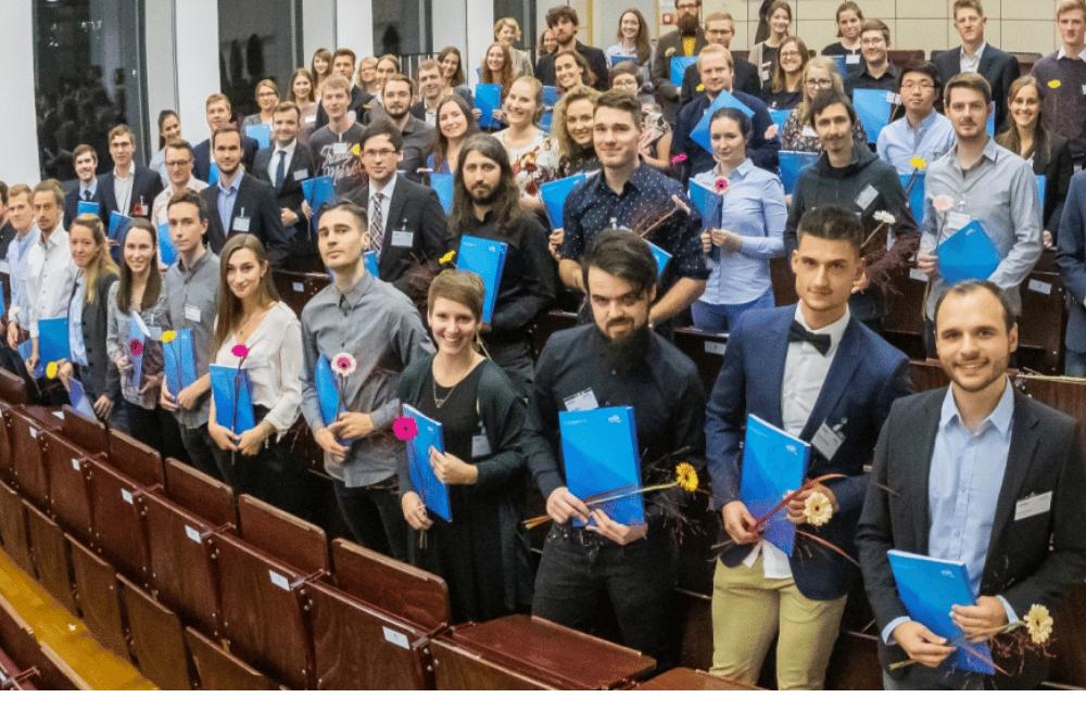 Die Deutschlandstipendiaten der HTWK Leipzig 2018. Foto: Swen Reichhold/HTWK Leipzig