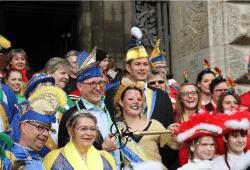 Rathaus in Narrenhand. Quelle: Förderkomitee Leipziger Karneval e.V.