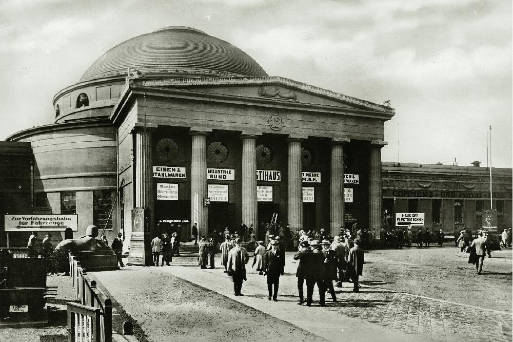 Technische Messe, Messehalle 16 (Kreis'scher Kuppelbau, um 1940. Foto: Paul Faulstich, © Stadt Leipzig, Stadtarchiv