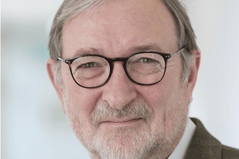 Wolfgang Köhler, Oberarzt an der Klinik und Poliklinik für Neurologie des UKL, hofft, dass das internationale Symposium dazu beitragen wird, neue Therapien zu finden. Foto: Stefan Straube / UKL