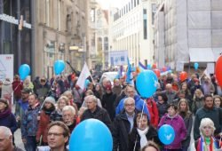 """""""Aufstehen"""" Leipzig stürmte mit rund 1.000 Teilnehmern die Innenstadt. Foto: """"Aufstehen Leipzig"""""""