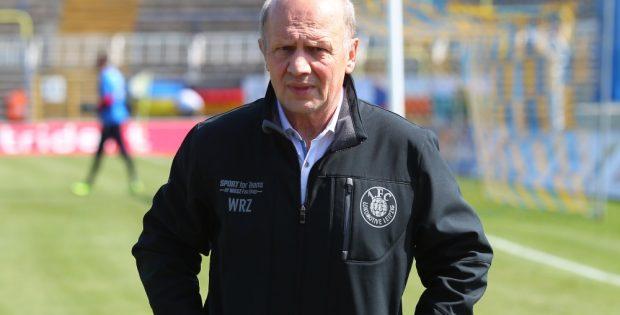 Wolf-Rüdiger Ziegenbalg trug nur vier Monate lang das Lok-Logo auf der Brust. Foto: Jan Kaefer