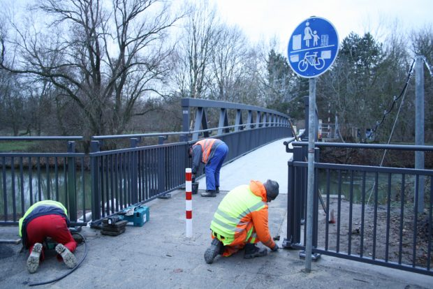 Die neue Bauernbrücke. Foto: Ralf Julke
