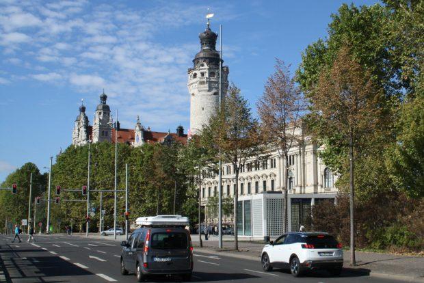 Ampel am Wilhelm-Leuschner-Platz. Foto: Ralf Julke