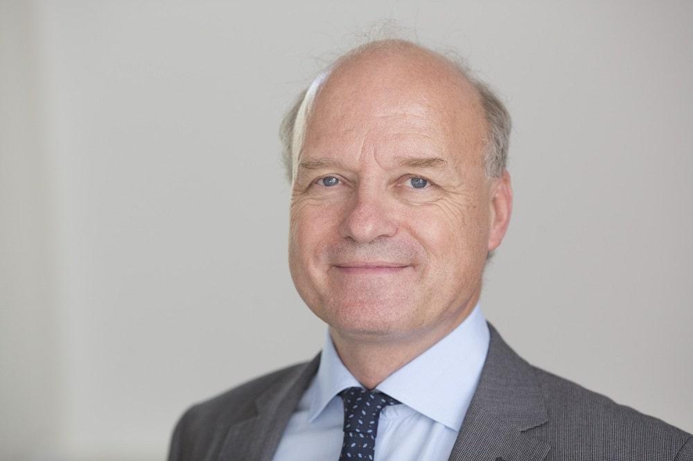 Prof. Reinhard Henschler leitet seit Oktober dieses Jahres das Institut für Transfusionsmedizin am UKL. Foto: Stefan Straube / UKL