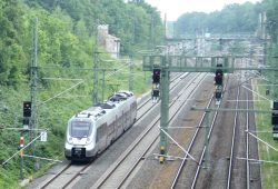 Die S2 auf dem Weg nach Delitzsch. Foto: Ralf Julke
