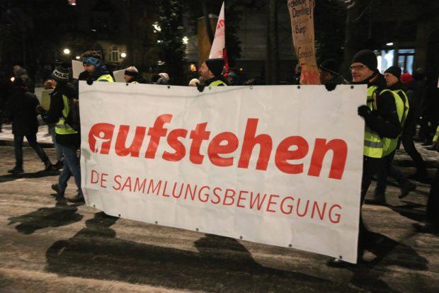 Aufstehen war zahlenmäßig und vor allem optisch stark vertreten. Foto: L-IZ.de