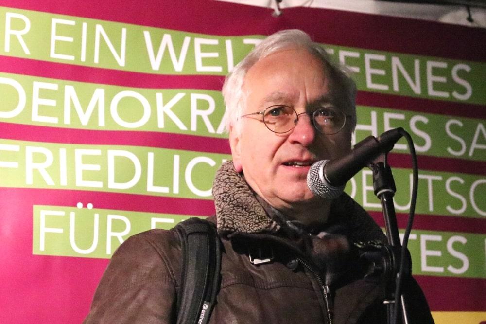 Christian Wolff - der Leipziger Thomaskirchpfarrer im Unruhestand. Hier beim Aufruf 2019. Foto: L-IZ.de