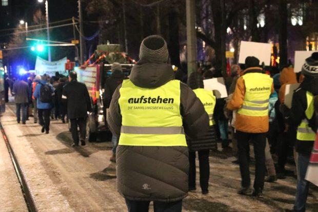 """Eine erste """"Aufruf 2019""""- Demonstration mit 3.000 Menschen in Leipzig. Foto: L-IZ.de"""