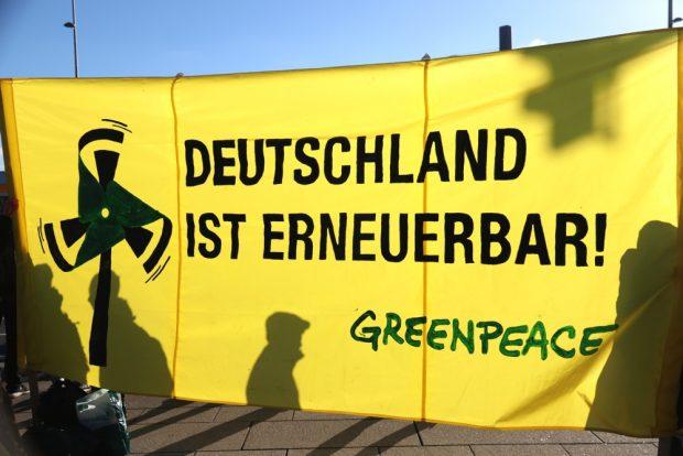 Deutschland ist erneuerbar, finden die streikenden Schüler am 18. Januar 2019 in Leipzig. Foto: L-IZ.de