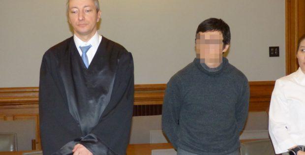 Dovchin D. (39, r.) neben seinem Anwalt Stefan Wirth. Foto: Lucas Böhme