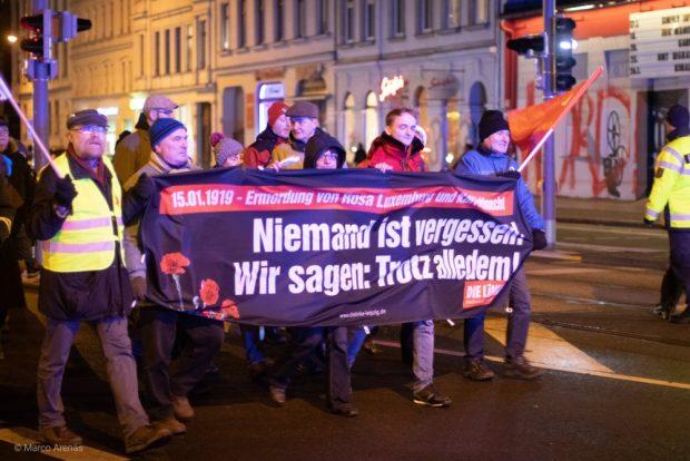 Demonstration der Linken Leipzig zum 100. Todestag von Luxemburg und Liebknecht auf der Karli. Foto: Marco Arenas