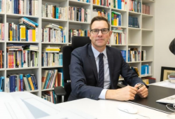 Prof. Dr. Gunther Schnabl Foto: Swen Reichhold/Universität Leipzig