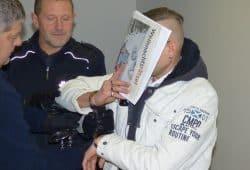 Der 42-jährige Angeklagte im Gerichtssaal. Foto: Lucas Böhme