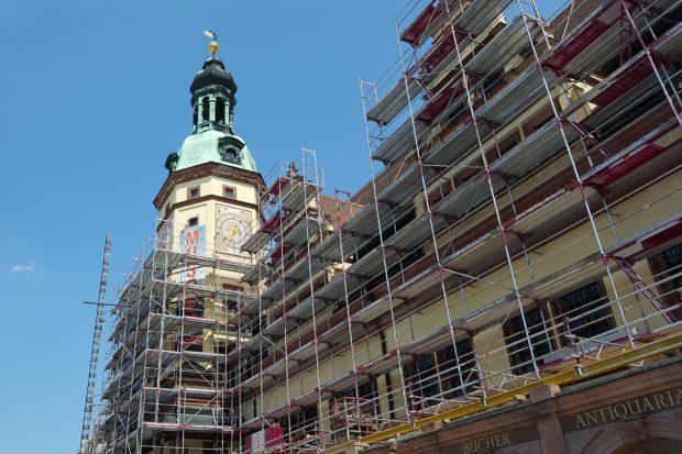 Fassadensanierung am Alten Rathaus im Mai 2018. Foto: Marko Hofmann