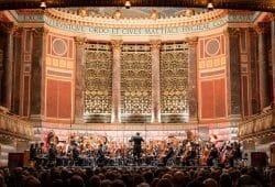 Eröffnungskonzert zum Jubiläumsjahr im Wiesbadener Kurhaus. Foto: Christian Kern