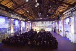 Das Universitätsklinikum Leipzig und die Medizinische Fakultät feierten mit über 300 Gästen den traditionellen Neujahrsempfang mit der Präsentation einer eigenen immersiven Show im Kunstkraftwerk Leipzig. Foto: Stefan Straube/UKL