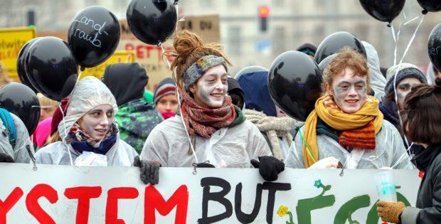 Eine neue Generation kämpft für ihre Zukunft. Demo in Leipzig mit Kritik am Kohlekompromiss. Foto: Marco Arenas