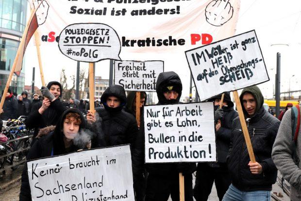 Radikale Kritik am 26. Januar 2019 in Dresden. Foto: Marco Arenas
