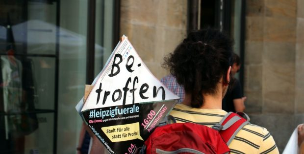 Immer mehr LeipzigerInnen sind von steigenden Mieten betroffen. (Demo Stadt für Alle am 20.04.2018 in Leipzig). Foto: Michael Freitag