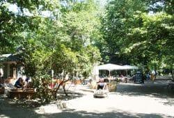Gaststätte im Clara-Zetkin-Park. Foto: Ralf Julke