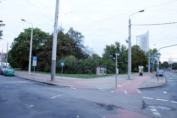 Das künftige Baugrundstück an der Windmühlenstraße. Foto: Ralf Julke