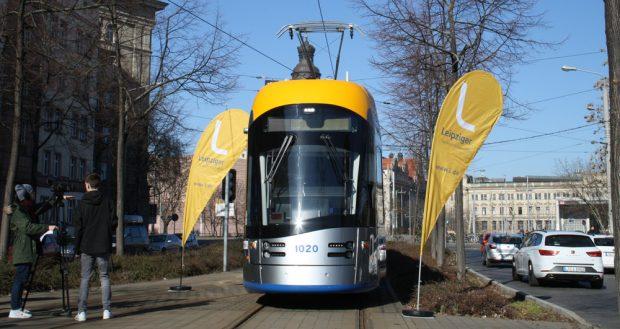Das ausgezeichnete Fahrzeug an der Messekehre in der Windmühlenstraße. Foto: Ralf Julke