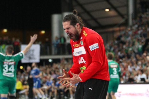 Heimsieg! DHfK-Torhüter Milos Putera schreit seine Freude heraus. Foto: Jan Kaefer