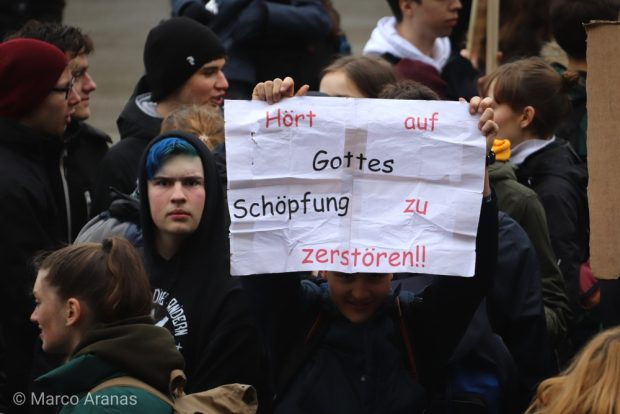 Zusammenhalt oder Fanatismus? Wir werden uns entscheiden müssen. Foto: L-IZ.de, Marco Arenas