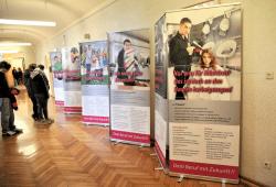 """""""Bau dir deine Zukunft!"""" Ausstellung zum Girl's/Boy's Day in der Dinter-Oberschule Foto: Konstanze Morgenroth"""