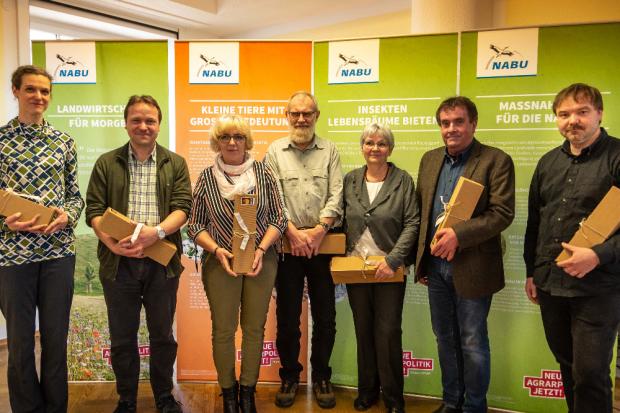 Der am 16. März 2019 gewählte Vorstand des NABU Sachsen: Dr. Maria Vlaic, Dr. Holger Oertel, Salome Winkler, Hellmut Naderer, Christel Römer, Bernd Heinitz und René Sievert. Dr. Jan Schimkat und Werner Hentschel fehlen. Foto: Juliane Dölitzsch