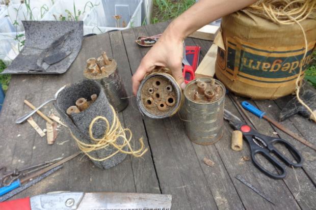 Insektenhotels bauen. Quelle: erleb-bar