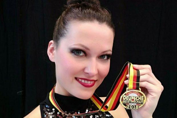 Vera Alexandrova mit der DM-Goldmedaille. Foto: Vera Alexandrova