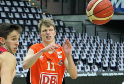 Sven Papenfuß fährt zum Allstar Game der NBBL. Foto: Birger Zentner