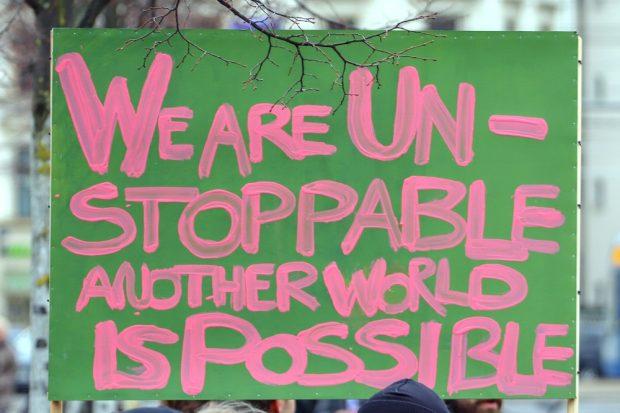 Another world ... Eines der vielen Schilder auf der Demo am 15. März in Leipzig. Foto: Marco Arenas