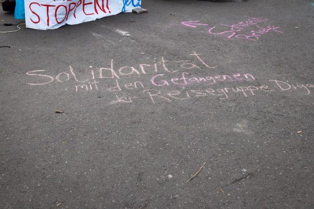 Solidaritätsaktion am 21.02.2019 für die Inhaftierten der Reisegruppe auf dem Leuschnerplatz. Foto: Marco Arenas